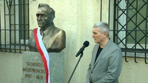 Odsłonięto popiersie Tadeusza Mazowieckiego w Warszawie