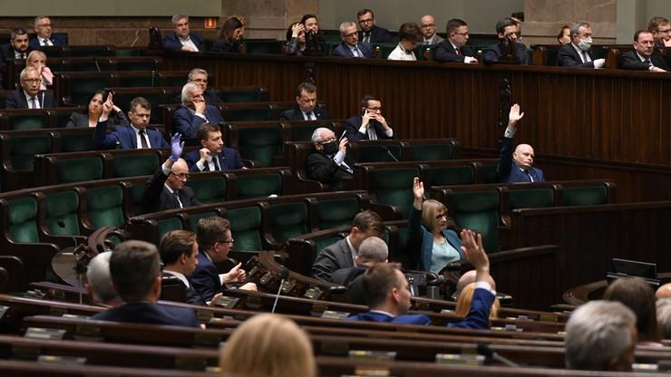 Ustawa wyborcza w Sejmie. Odrzucono poprawkę dot. czasu na zbieranie podpisów [OGLĄDAJ]