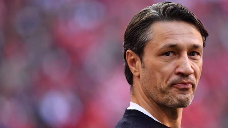 Skandal po meczu Pucharu Niemiec! Kovac prawie trafiony piwem przez... kibiców Bayernu