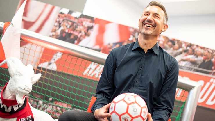 Trener FC Koeln zwolniony