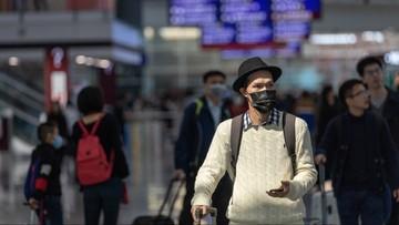Pasażerowie wylądują w specjalnej części lotniska. W obawie przed koronawirusem