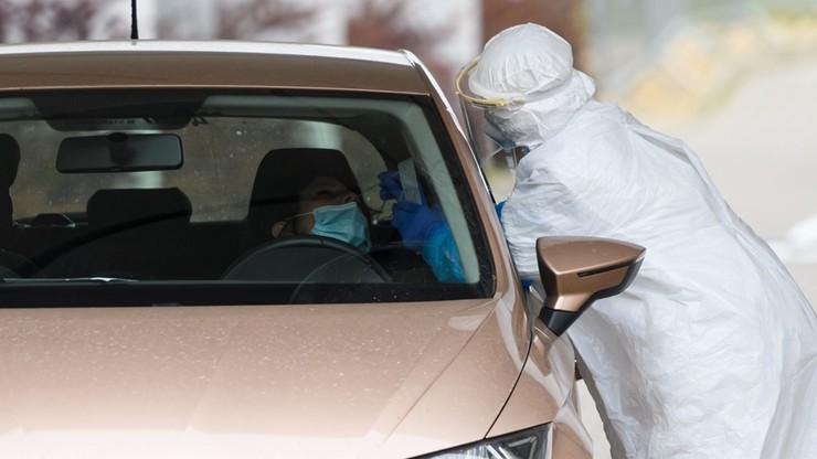 225 nowych przypadków koronawirusa. Nie żyje 18 kolejnych osób