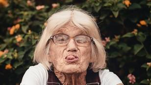Seniorka na zakupach życia! 771 razy zapłaciła cudzą kartą