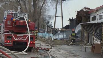 Pożar hali magazynowej w Warszawie. Było słychać wybuch