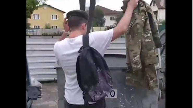 """Białoruś: wojskowi wyrzucają mundury, dziennikarze odchodzą z """"reżimowej"""" telewizji"""