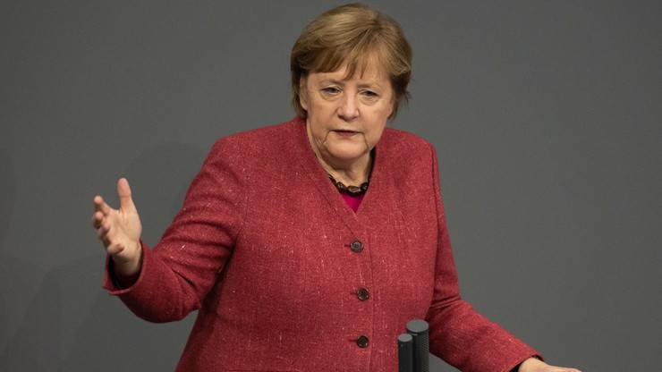 Merkel: staramy się znaleźć sposób do odblokowania weta Polski i Węgier