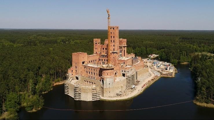 Budowa zamku w Stobnicy. Prokuratura złożyła odwołanie od decyzji wojewody