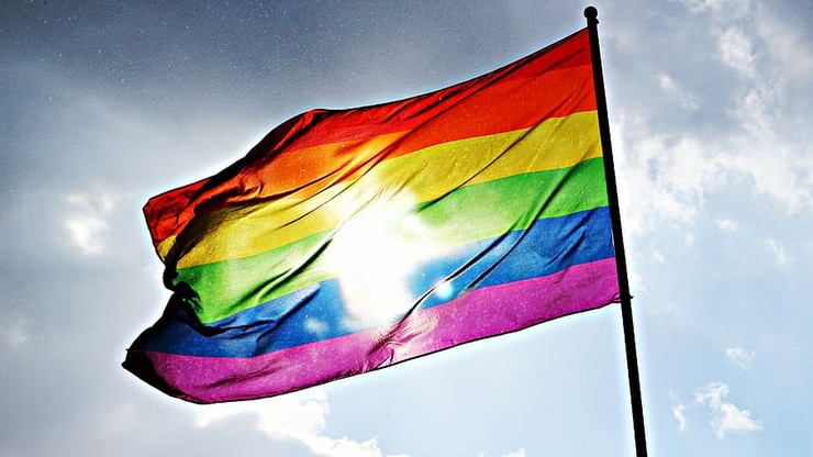 """Polska bez tęczowych naklejek na Facebooku. """"W kraju społeczności LGBTQ+ są zagrożone"""""""