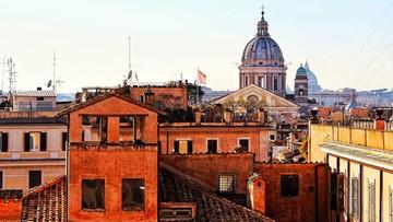 """""""Przyjedźcie, miasto jest bezpieczne"""". Burmistrz Rzymu zaprasza turystów"""