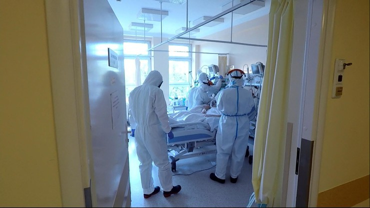 Koronawirus u pracowników służby zdrowia. Dane resortu