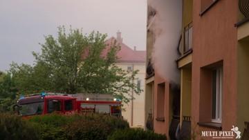 Pożar w bloku w Małopolsce. Zginął 90-latek, wśród ciężko rannych małe dziecko