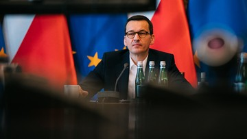 Nowe ograniczenia dla Polaków w związku z epidemią koronawirusa [TRANSMISJA]
