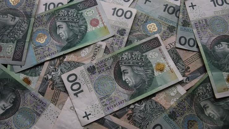 Przedsiębiorcy zawnioskowali już o 262 mln zł dofinansowania do wynagrodzeń