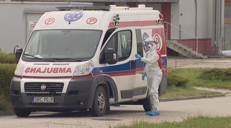 Liczba ofiar śmiertelnych koronawirusa w Polsce zbliża się do tysiąca. Najnowsze dane