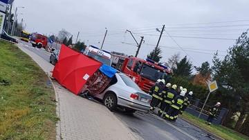 Bmw wjechało pod ciężarówkę. Śmiertelny wypadek w Konstantynowie Łódzkim