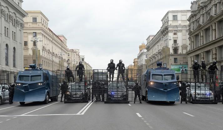 Ludzie protestowali przed siedzibą prezydenta Białorusi