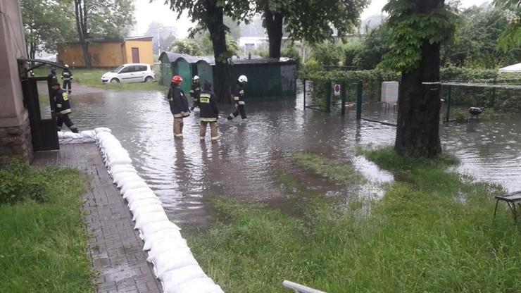 Pogotowie przeciwpowodziowe na Śląsku, ostrzeżenia w Małopolsce