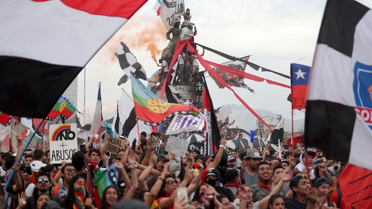 Ponad milion manifestantów na ulicach Santiago, kryzys pogłębia się