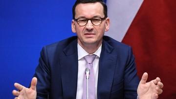 """Morawiecki wytyka błędy w książce Tuska. """"Co tu się nie zgadza?"""""""