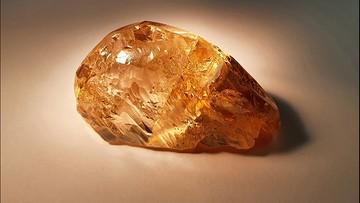 Znaleziono największy w historii Rosji kolorowy diament