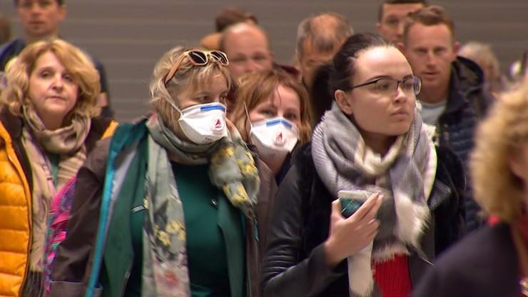 Profilaktyka koronawirusa na polskich lotniskach. Sprawdź przed wylotem, czego się spodziewać