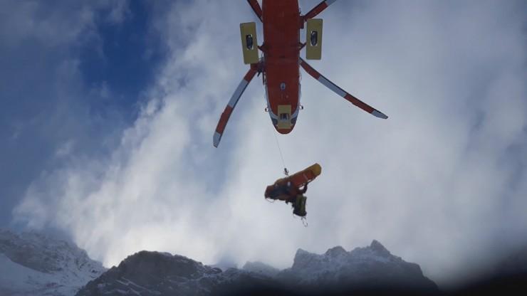 15 ratowników ruszyło po turystów w Tatrach. Akcja trwała całą noc