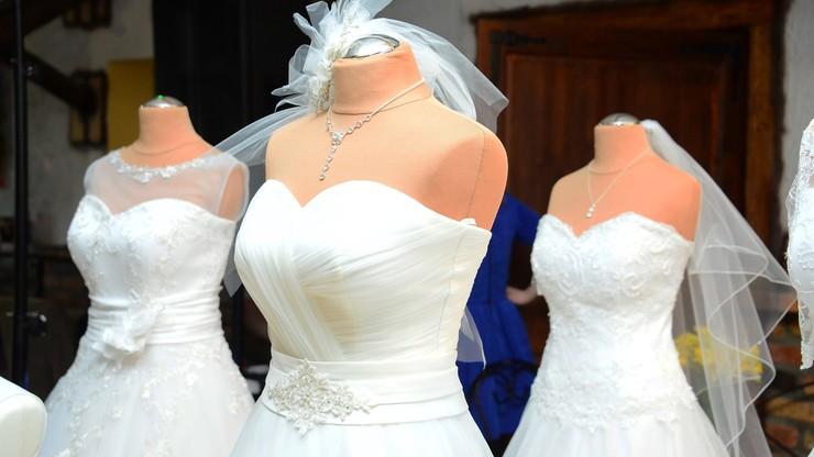 Kradzież w salonie sukien ślubnych w Kaliszu. Ponad 50 tys. zł straty