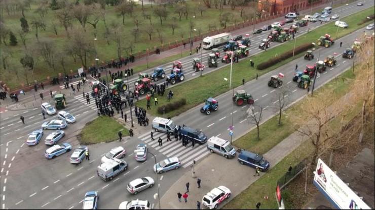 Najazd traktorów na Warszawę. Rolnicy zablokowali ulice