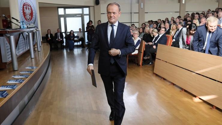 """Tusk: """"PiS wie, że straci władzę"""". Odpowiedział mu rzecznik prezydenta"""