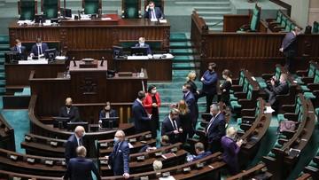 Odroczenie obrad Sejmu. Zjednoczona Prawica przegrała głosowanie