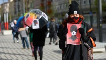 Protestują w czasie epidemii. Sprzeciwiają się zaostrzeniu prawa aborcyjnego