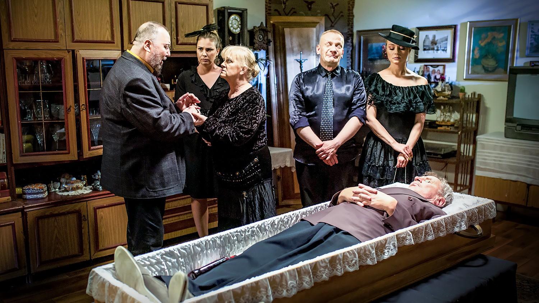 """""""Świat według Kiepskich"""" - odcinek 554: Śmierć i zmartwychwstanie - Polsat.pl"""