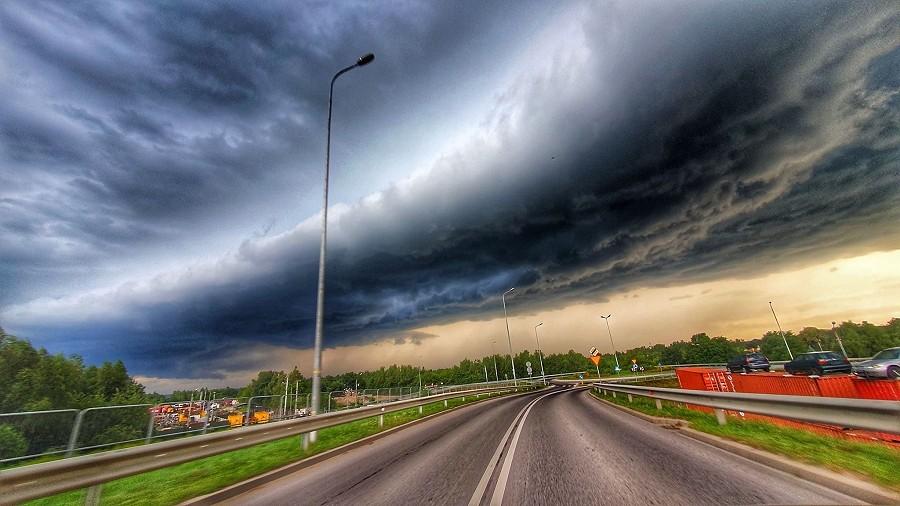 Chmura szelfowa w Rzeszowie. Fot. Tomasz / TwojaPogoda.pl