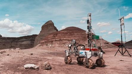 Marsjański łazik Akademii Górniczo-Hutniczej triumfuje na zawodach w Indiach