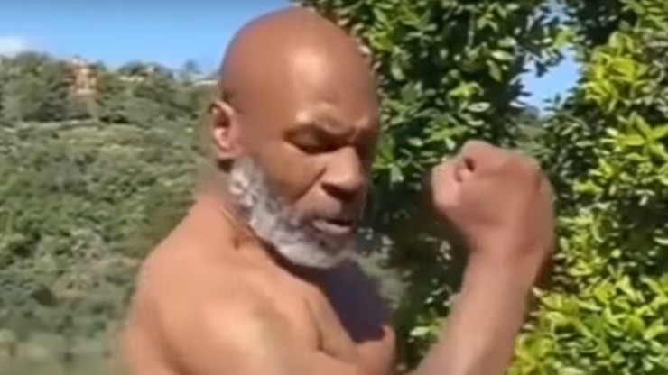 Co za forma Tysona! 53-letnia legenda boksu zaskakuje sylwetką