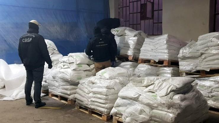 Służby przejęły dwie tony kokainy warte dwa miliardy. Premier: największy przemyt od 30 lat [WIDEO]