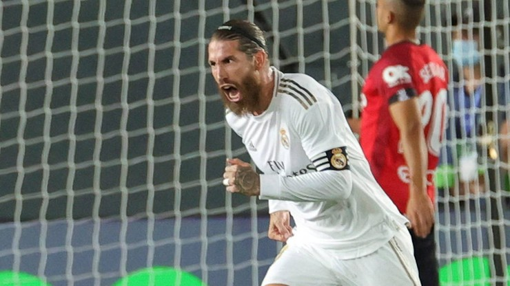 Imponująca muskulatura Sergio Ramosa. Kapitan motywuje zespół
