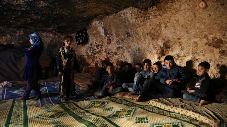 """Poważne straty tureckiego wojska w Idlibie po syryjskich nalotach. NATO """"wyraża solidarność"""""""