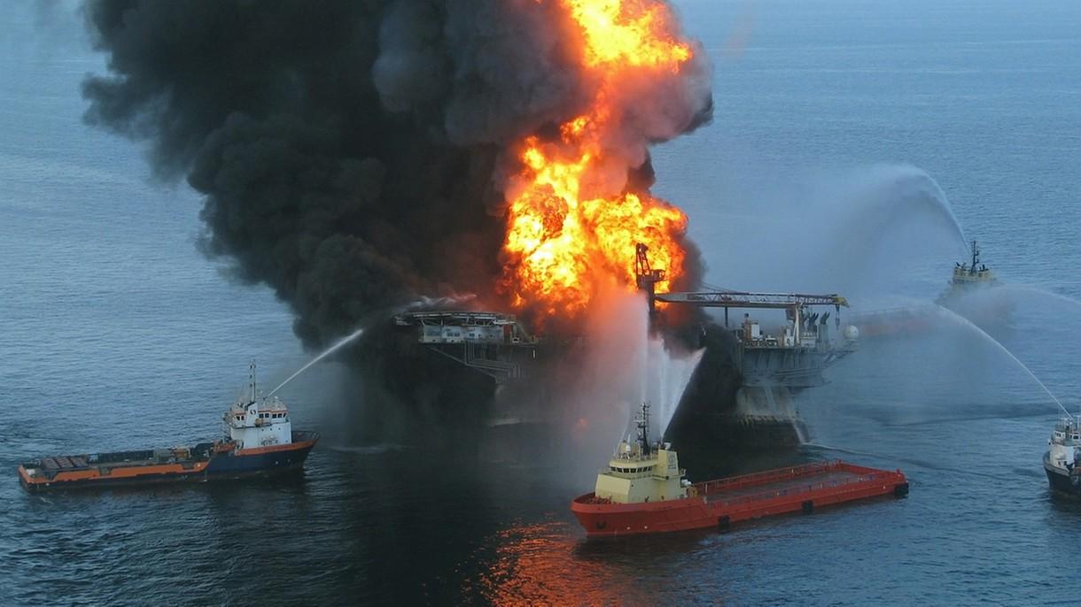 Eksplozja platformy wiertniczej Deepwater Horizon dużo poważniejsza niż sądziliśmy