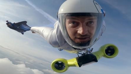 Zobacz, jak wygląda lot w wingsuicie i z silnikiem elektrycznym od BMW [FILM]