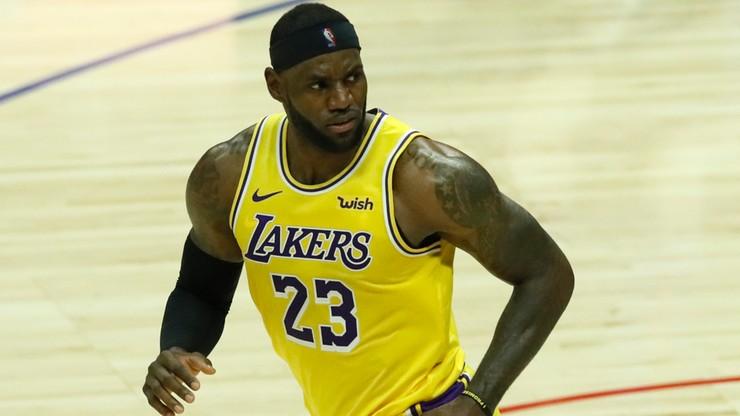 NBA: Świetny występ Jamesa