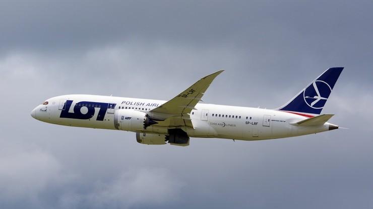Samolot lecący z Warszawy do Seulu musiał zawrócić przez złe warunki atmosferyczne