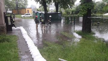 Pogotowie przeciwpowodziowe na Śląsku, ostrzeżenia w Małopolsce. Pada od dwóch dni