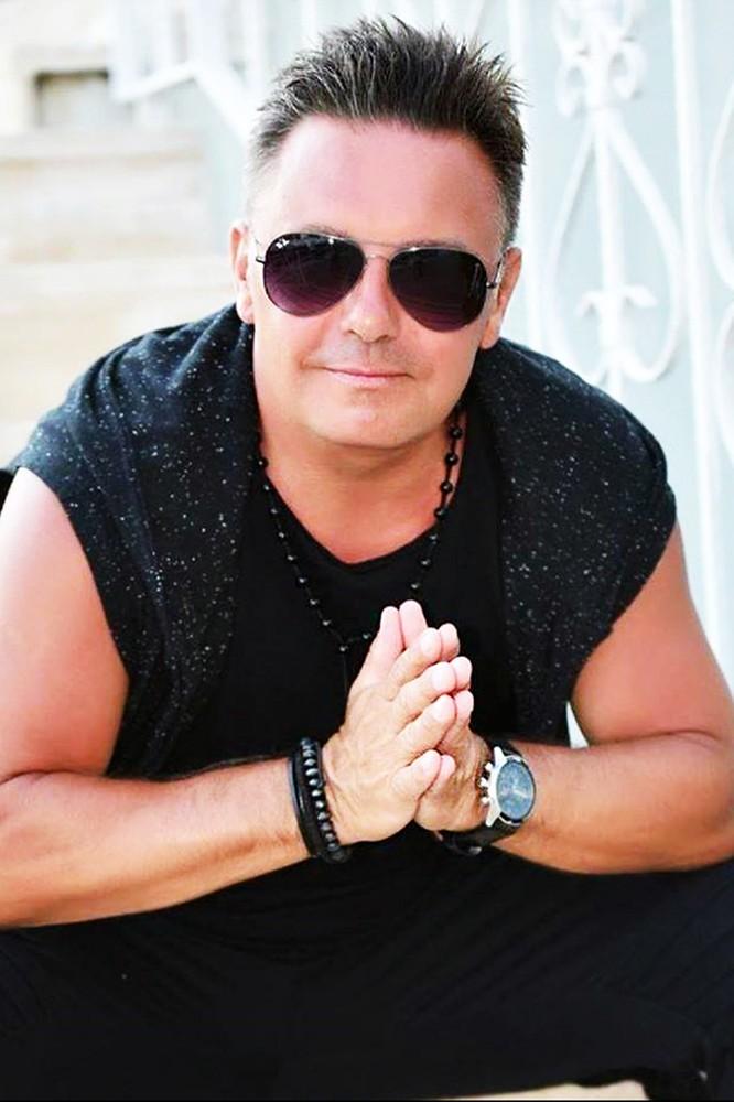 2020-08-17 Arek Braxton o nowym singlu, współpracy z Nowatorem i...