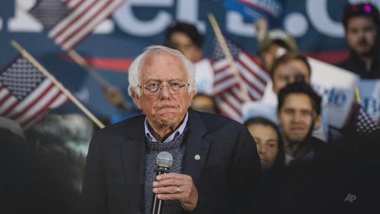 Amerykański kandydat na prezydenta Bernie Sanders przeszedł zawał serca