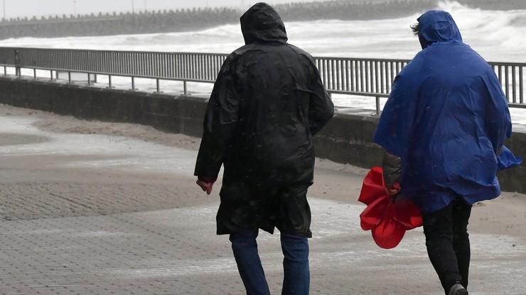 Deszcz i porywisty wiatr. Prognoza pogody na niedzielę, 18 października