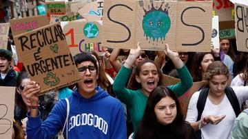 """Strajki klimatyczne w 2,3 tys. miast na całym świecie. """"Chcemy żyć!"""""""