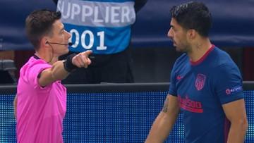 Liga Mistrzów: Luis Suarez ukarany żółtą kartką za... przeszkadzanie sędziemu (WIDEO)