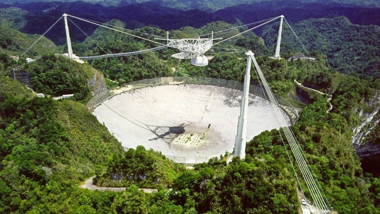 Obserwatorium Arecibo, ikona poszukiwań obcych cywilizacji, zostanie rozebrane