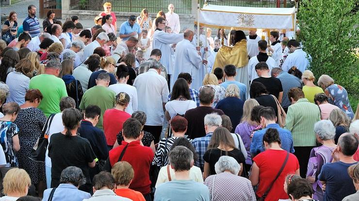 Boże Ciało: abp Gądecki apeluje w sprawie procesji